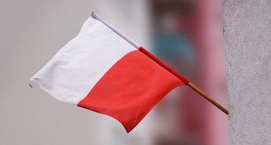 Wywieś flagę z okazji Chrztu Polski