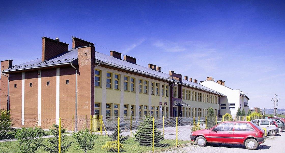 Szkoła Podstawowa w Brzeznej