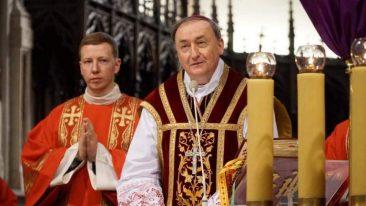 Zarządzenie Biskupa Tarnowskiego w sprawie celebracji nabożeństw