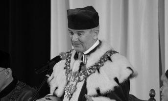 Zmarł pochodzący z Podegrodzia prof. Adam Frączek, wieloletni rektor APS w Warszawie.