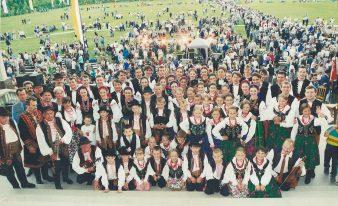 Małe Podegrodzie w Licheniu - rok 2001, spotkanie z premierem