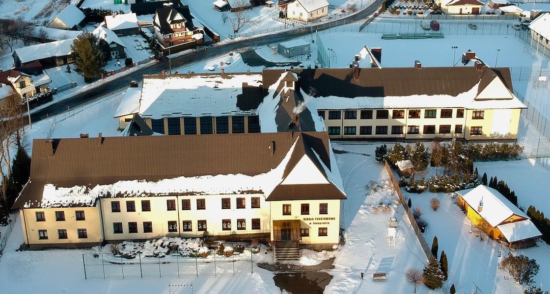 Szkoła Podstawowa w Podegrodziu