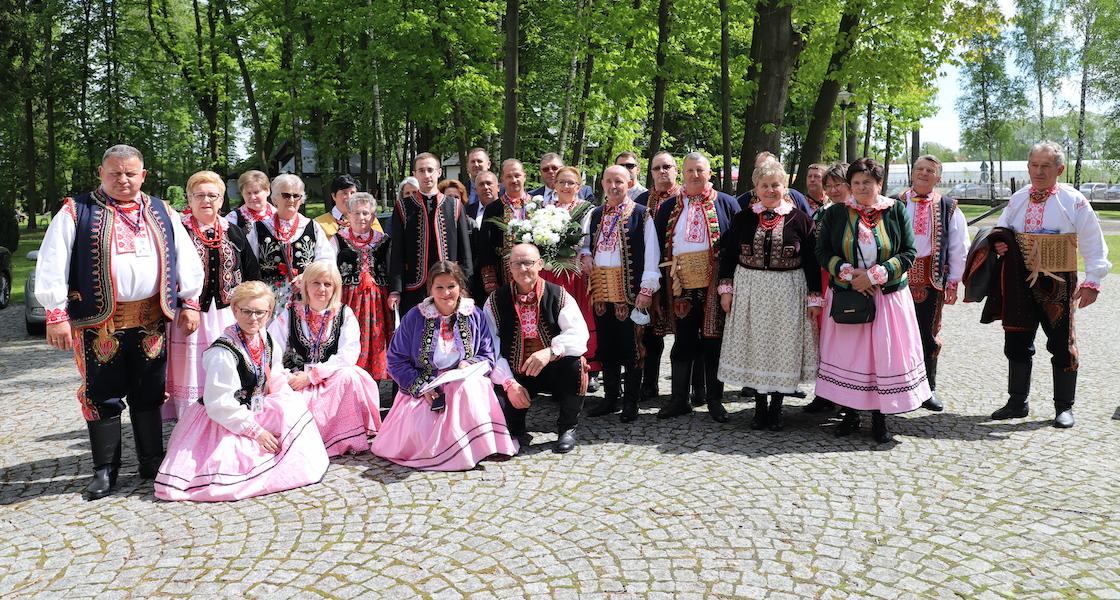 Pielgrzymi z Podegrodzia na uroczystościach ku czci św. Stanisława Papczyńskiego
